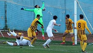 Pazarspor 3 puanları seriye bağladı