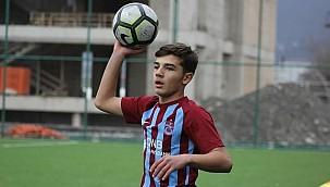Trabzonsporlu genç futbolcu Apple'ın reklam yüzü olacak