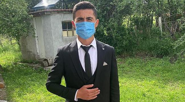 18 yaşında Türkiye'nin en genç muhtarı oldu