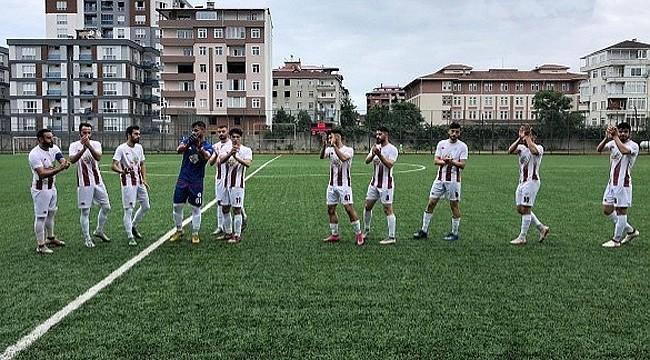 Rize Özel İdarespor'dan 8 golle Şampiyonluk şovu