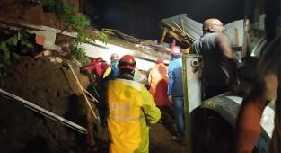 Rize'deki selde 1 ölü, 3 kayıp: 72 köy yolu ulaşıma kapandı