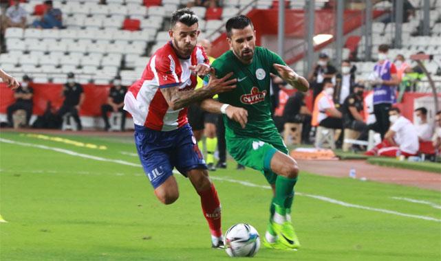 Antalyaspor'a 90+10'da hakem hayat verdi