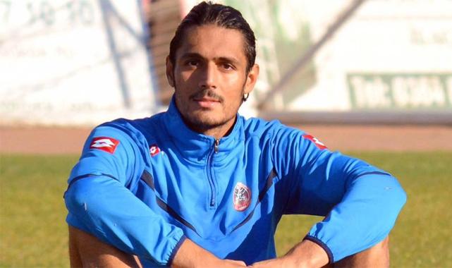 Rizespor'un eski futbolcusu aracında yanarak öldü