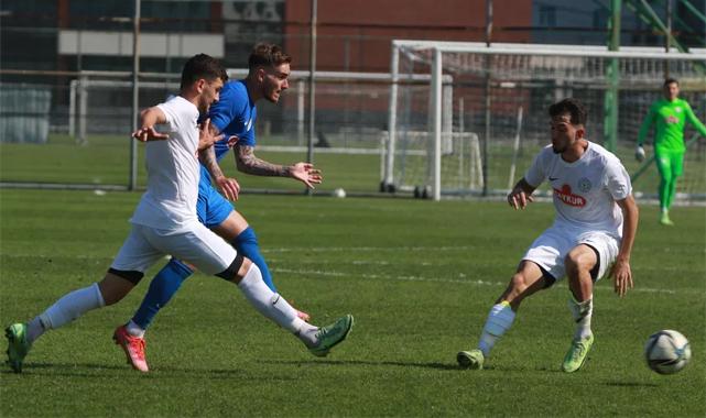 Çaykur Rizespor, U19 takımıyla hazırlandı